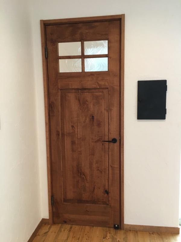 こだわりのドア
