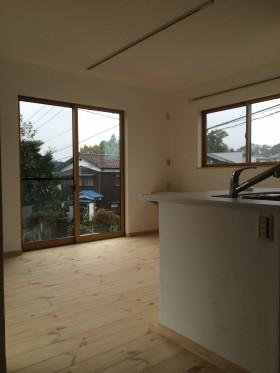 新築住宅施工事例(逗子市 コーラルストーンのある吹抜け)