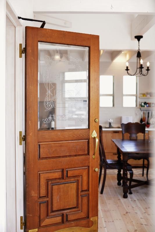 アンティークなドア